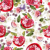 Bright watercolor seamless pattern with flowers, blackberries an. D fruits of pomegranate, fig. Illustration Royalty Free Stock Photos