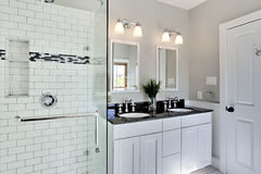 Bright white remodel bathroom Royalty Free Stock Photo
