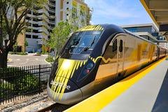 Brightline-Hochgeschwindigkeitszug Lizenzfreies Stockfoto