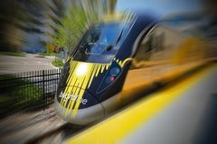 Brightline prędkości Wysoki pociąg Zdjęcia Royalty Free