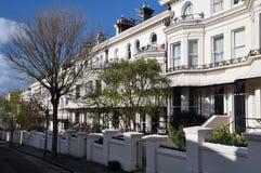 Brighton Angleterre - Chambres blanches de terrasse photographie stock