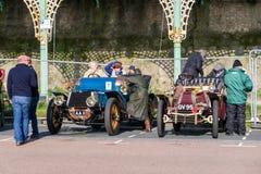 BRIGHTON, HET OOSTEN SUSSEX/UK - 1 NOVEMBER: Auto's enkel geëindigd Londo Stock Fotografie