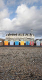 Brighton Hove-Strandhütten entlang der Seeseite Lizenzfreie Stockfotos