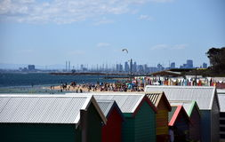 Brighton kąpania pudełka są popularnym Bayside ikoną i kulturalnym wartością zdjęcie stock