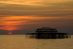 Brighton-Pier am Sonnenuntergang Lizenzfreies Stockbild