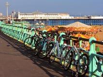 Brighton Pier y orilla del mar, Inglaterra, Reino Unido imagen de archivo