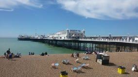 Brighton pir i UK arkivbilder