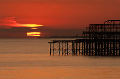 brighton set sun Arkivfoton