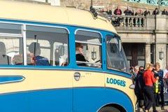 BRIGHTON, SUSSEX/UK EST - 1ER NOVEMBRE : Chris Evans Driving un O images stock