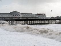 BRIGHTON, SUSSEX/UK - 15 FÉVRIER : Brighton après la tempête dedans Photo libre de droits