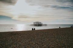Brighton West Pier al tramonto fotografia stock