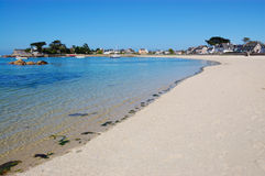Brignogan bay, bretagne, france. View of a bay at medium tide typical of bretagne area in france picture taken in brignogan-plages, france stock photos