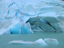 briksdal glaciär arkivbild