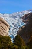 Briksdal glaciär - Norge Arkivbild
