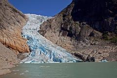 briksdale冰川 免版税图库摄影