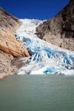 briksdalsbreen glaciären arkivbild