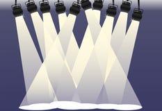 Brilho dos projectores no fundo de estágio brilhante ilustração stock