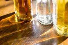 Brilhos e reflexões com as garrafas Foto de Stock Royalty Free
