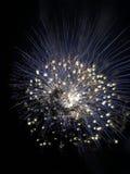Briljant blauw Vuurwerk Royalty-vrije Stock Afbeeldingen