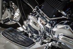 Briljante chroommotorfiets Royalty-vrije Stock Foto's