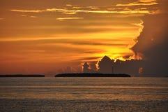Briljante Stormachtige Zonsondergang stock foto's