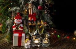 ` Brillante s del Año Nuevo o fondo de la Navidad con las luces Imagen de archivo libre de regalías