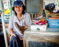 Brille des chaussures à un stand extérieur à Singapour Images libres de droits
