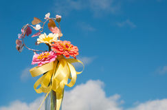 Brilliant flowers with a yellow ribbon Royalty Free Stock Photos