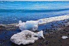 Brillo del hielo de las masas de hielo flotante Fotografía de archivo libre de regalías
