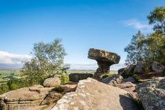 督伊德教憎侣在Brimham岩石的书桌 图库摄影