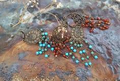 Brincos de turquesa e de ágata Imagem de Stock Royalty Free