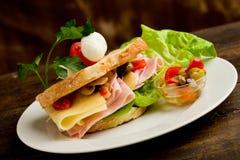 Brinde com queijo e presunto Fotos de Stock Royalty Free