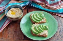 Brinde de Hummus do abacate Fotos de Stock Royalty Free