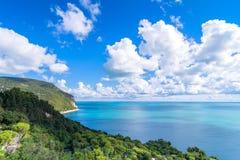 Bringen Sie Nationalparkküstenlinie Conero in Sirolo, Italien an Stockfotografie