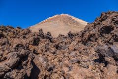 Bringen Sie Teide und vulkanische Felsen, Teneriffa, Kanarische Inseln, Spanien an stockfotos