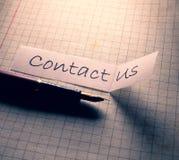 Bringen Sie uns Marke in Kontakt stockbild