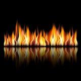 Brinnande brandflamma på svart bakgrund Fotografering för Bildbyråer