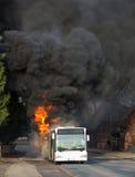 Brinnande buss Royaltyfri Fotografi