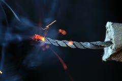 Brinnande firecracker Royaltyfria Foton