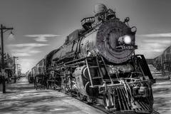 Brinnande lokomotiv för kol circa Americana 1930 arkivfoton