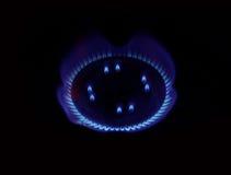 Brinnande naturgas på gasbrännaren Arkivbilder