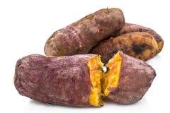 Brinnande potatis på den brinnande potatisen för vit bakgrund Arkivbilder