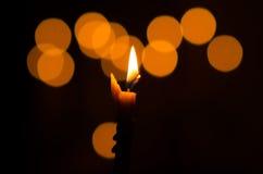 Brinnande stearinljus Royaltyfri Foto