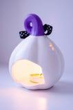 Brinnande stearinljuspumpa Royaltyfri Foto