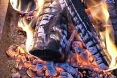 Brinnande varm kolbrand Royaltyfri Fotografi
