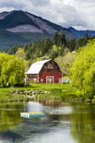 Brinnon Washington Barn by Pond Royalty Free Stock Photos