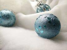 Brinquedo azul da bola Fotografia de Stock