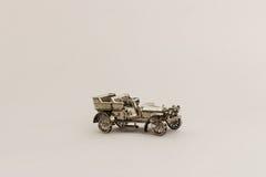 Brinquedo - carro retro Fotos de Stock Royalty Free