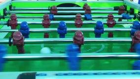 Brinquedo das crianças do entretenimento da tabela do futebol vídeos de arquivo