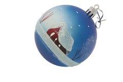 Brinquedo de Cristmas - uma esfera com casa Fotos de Stock Royalty Free